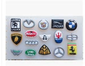 2000889 Car Logo Silicon Mold 16 In 1
